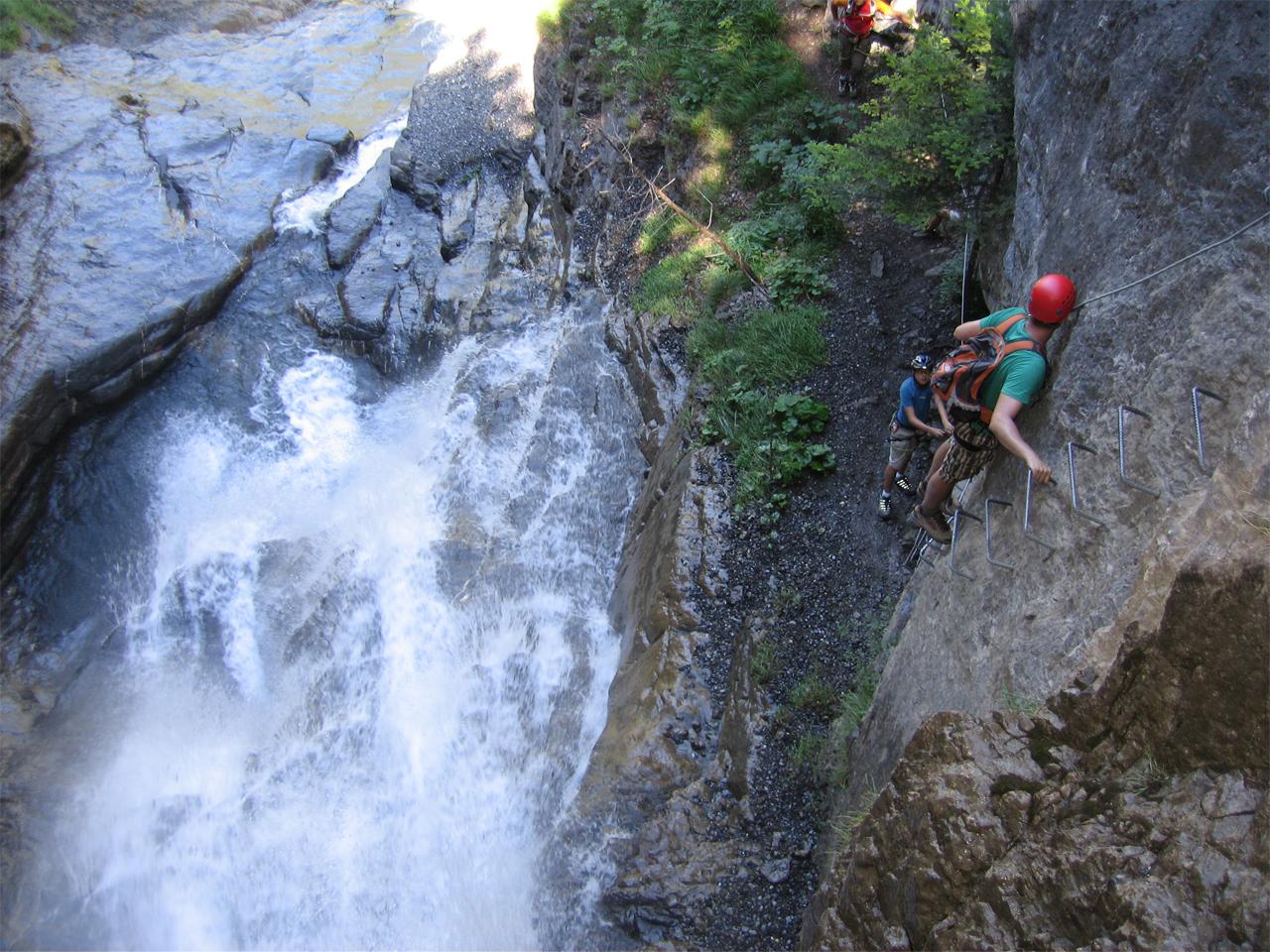 Activiteiten - Via Ferrata Champèry waterval