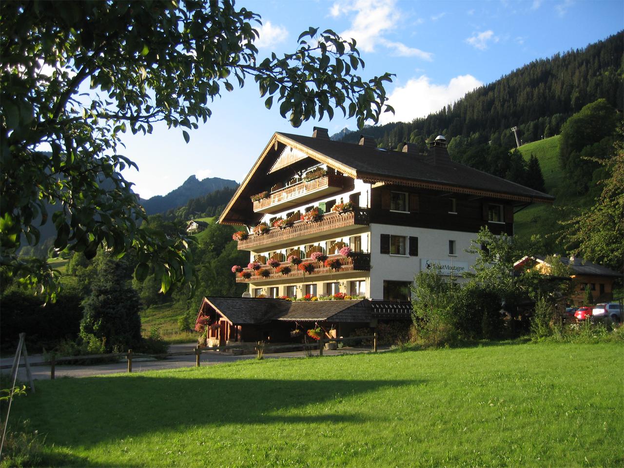 Hotel - Hotel gezien vanuit de tuin